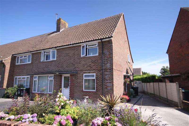 2 Bedrooms Flat for sale in Amethyst Road, Christchurch, Dorset