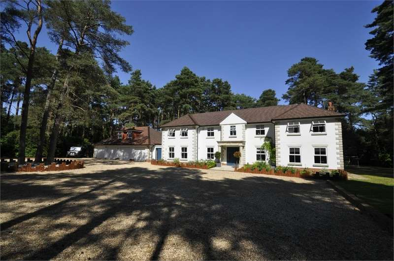 5 Bedrooms Detached House for sale in Avon Castle Drive, AVON CASTLE, Dorset