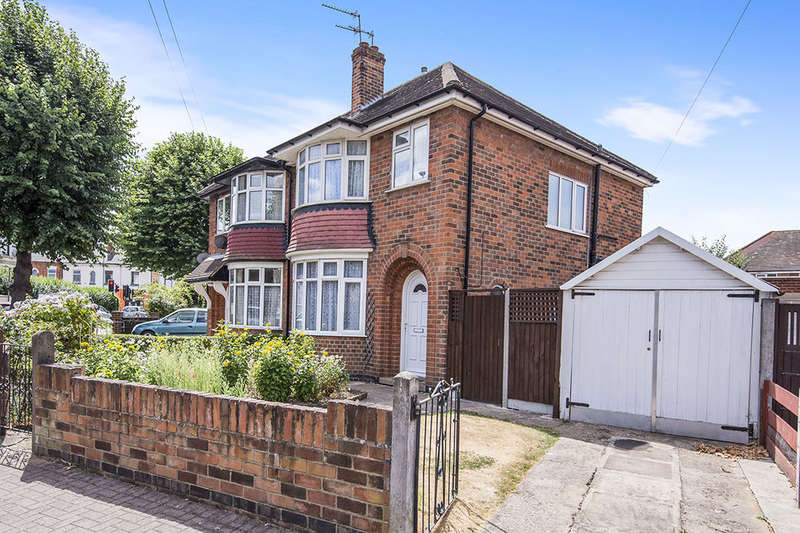 3 Bedrooms Semi Detached House for sale in Rendell Street, Loughborough, LE11