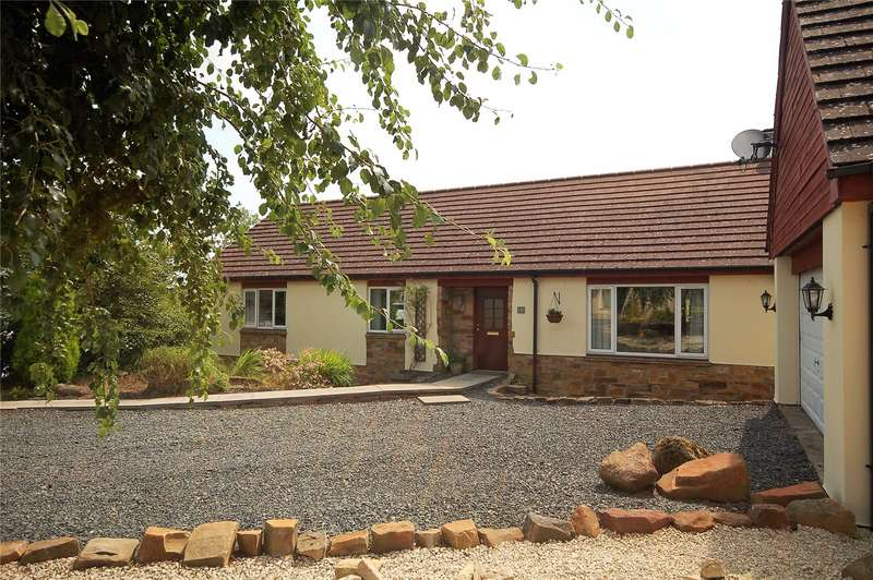 3 Bedrooms Detached Bungalow for sale in 16 The Avenue, Greenlaw, Duns, Scottish Borders, TD10