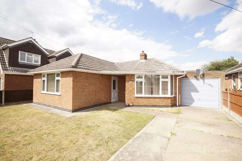 2 Bedrooms Detached Bungalow for sale in Rowan Road, Waddington, Lincoln