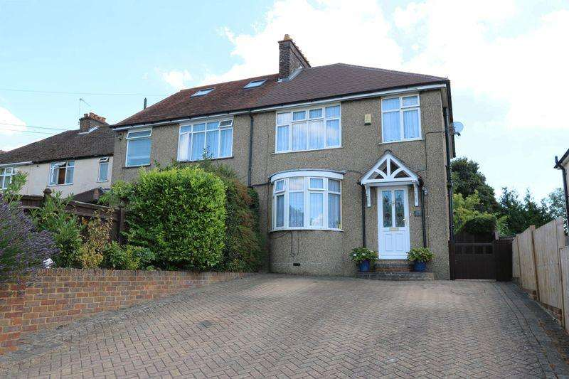 3 Bedrooms Semi Detached House for sale in Totteridge Road, High Wycombe