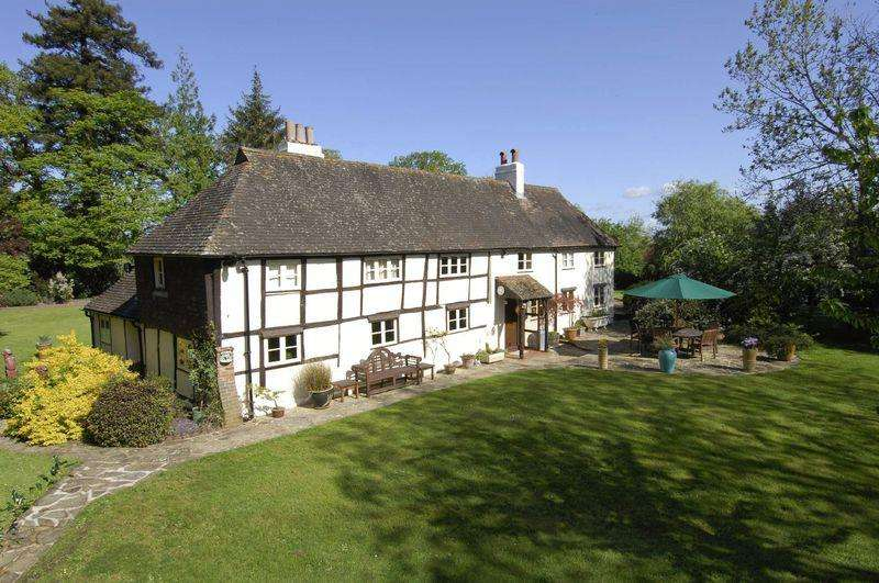 4 Bedrooms House for sale in Wiston, Steyning