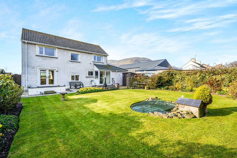 3 Bedrooms Detached House for sale in Main Street, Silecroft, Millom, LA18