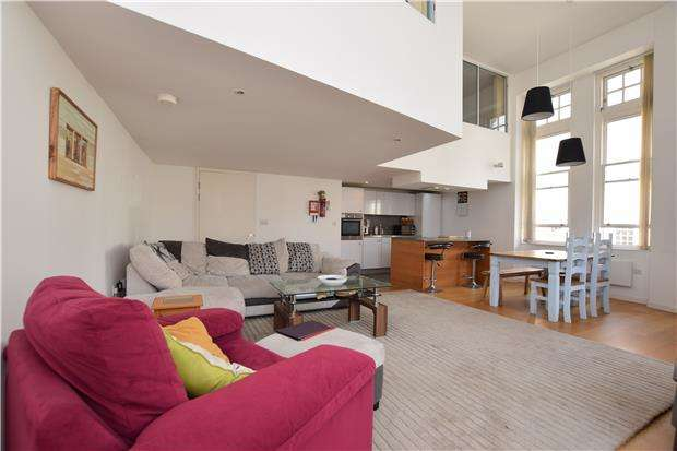 2 Bedrooms Flat for sale in Unity Street, BRISTOL, BS1 5HH
