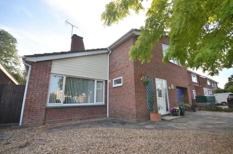 4 Bedrooms Detached House for sale in Anthony Close, Colchester CO4 0LD