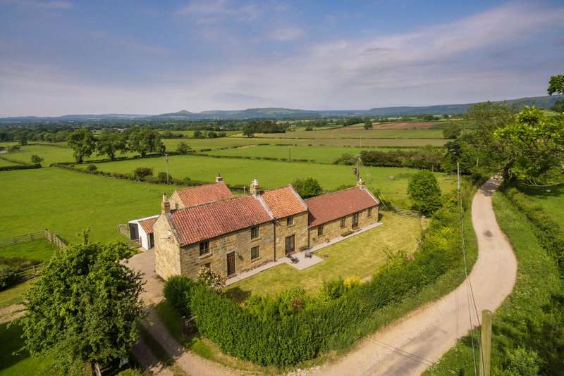 3 Bedrooms Barn Conversion Character Property for sale in Solomons Porch and The Granary, Great Broughton, Stokesley, TS9 7HP