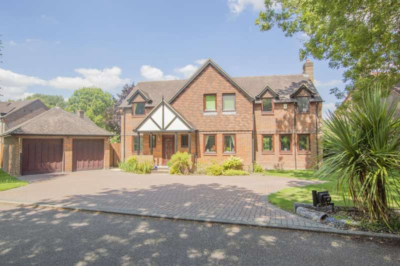 5 Bedrooms Detached House for sale in Dewe Lane, Burghfield, Reading, RG30