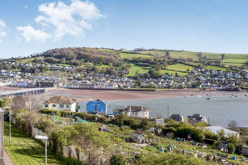 2 Bedrooms Flat for sale in Kingsway, Teignmouth