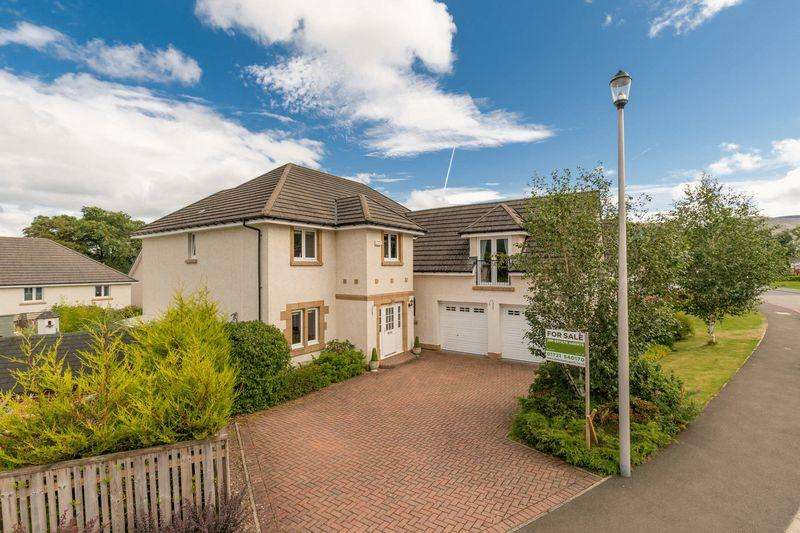 5 Bedrooms Detached House for sale in 22 Jubilee Park, Peebles, EH45 9BF