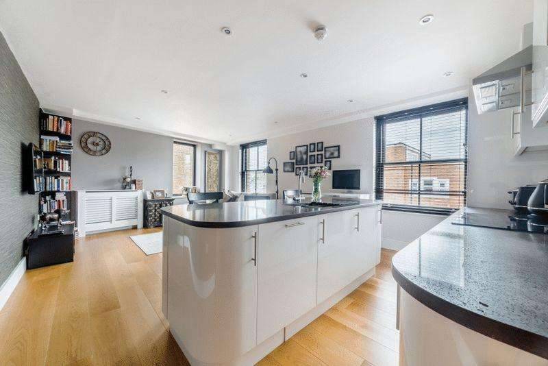 1 Bedroom Apartment Flat for sale in The Sun Quarter, Askew Road W12