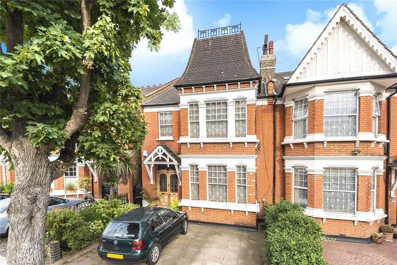 5 Bedrooms Semi Detached House for sale in Old Park Road, Palmers Green, London, N13