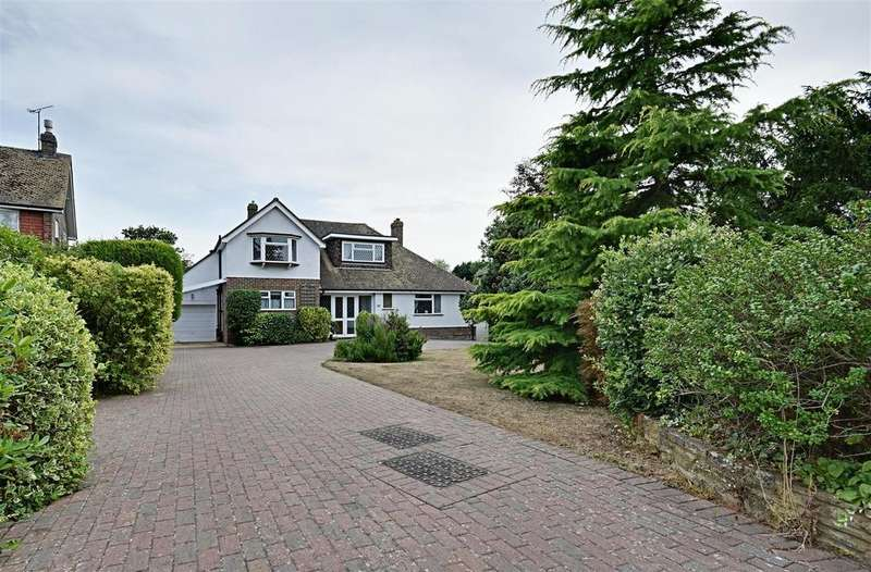 4 Bedrooms Detached House for sale in Clavering Walk, Bexhill-On-Sea