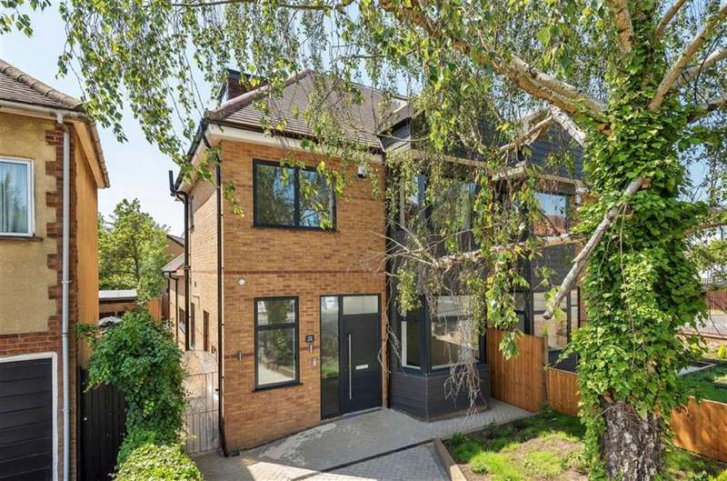 4 Bedrooms Semi Detached House for sale in Laurel Way, Totteridge, London