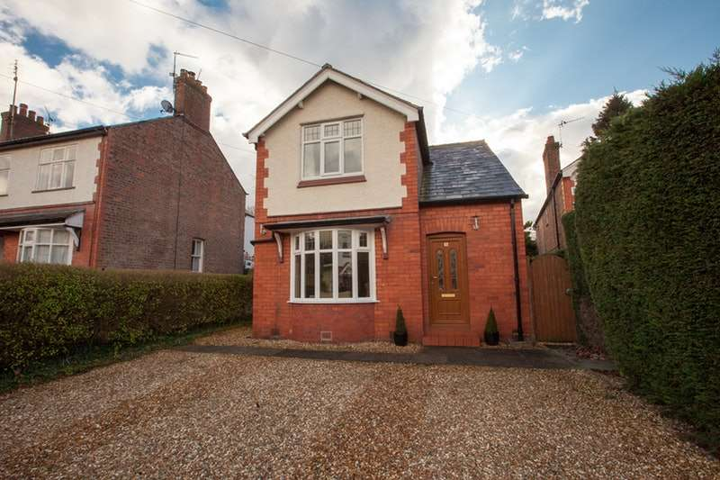 4 Bedrooms Detached House for sale in Beach Grove, Hartford, Cheshire, CW8