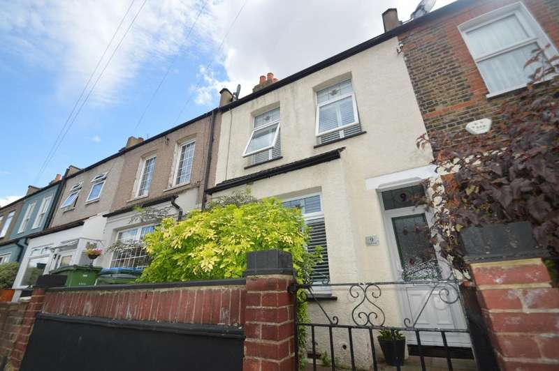 2 Bedrooms Terraced House for sale in Flaxton Road, Plumstead, London SE18