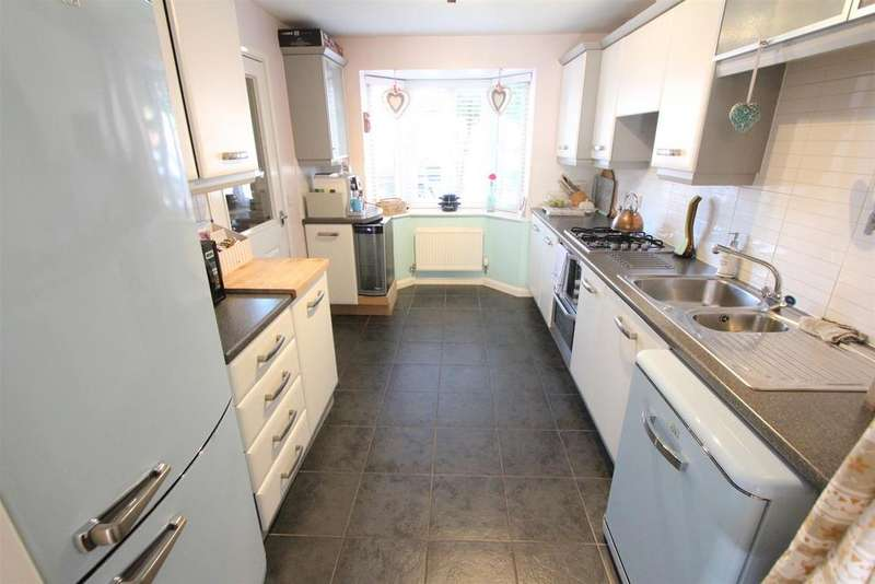 4 Bedrooms Semi Detached House for sale in Montgomery Road, Earl Shilton, Leicester