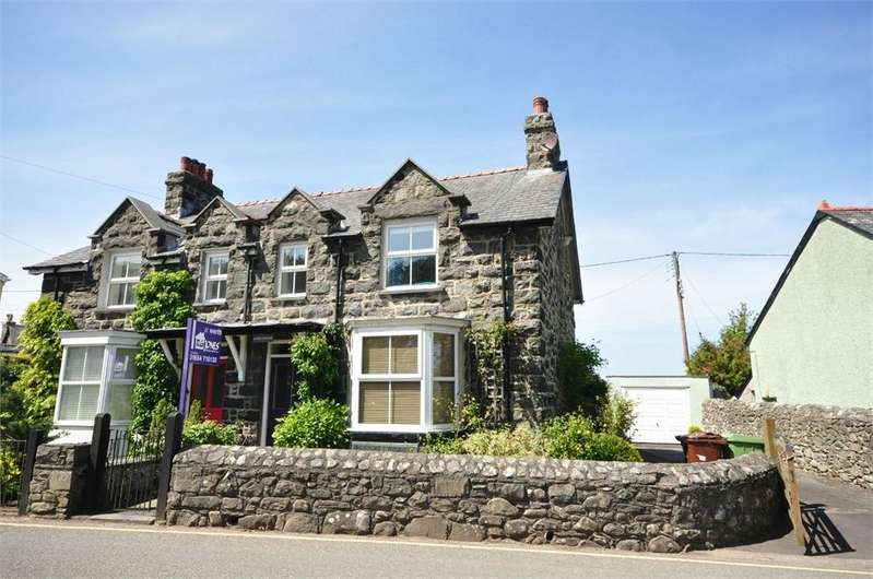 3 Bedrooms Semi Detached House for sale in Llwyngwril, Gwynedd, Wales