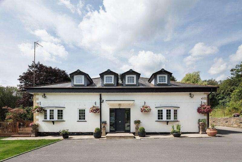 4 Bedrooms Detached House for sale in Mine Street, Hooley Bridge, Rochdale