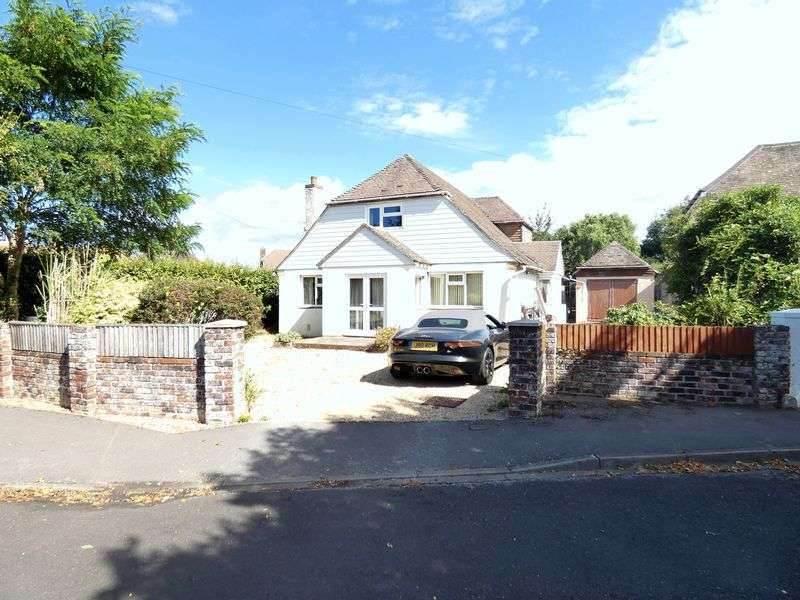 4 Bedrooms Property for sale in Little Gays Hill Head, Fareham