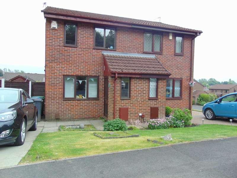 2 Bedrooms Semi Detached House for sale in Wyke Park, Lees