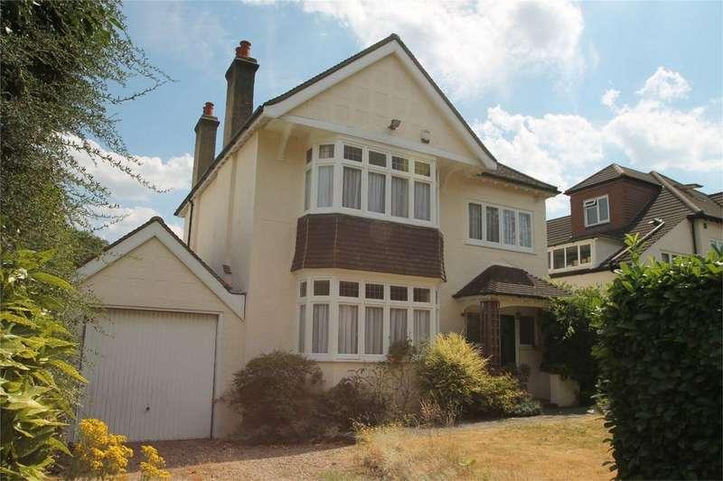 4 Bedrooms Detached House for sale in Upfield, Croydon, Surrey