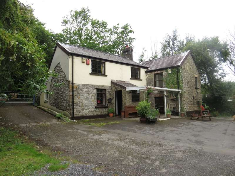 4 Bedrooms Commercial Property for sale in ., Trimsaran, KIDWELLY