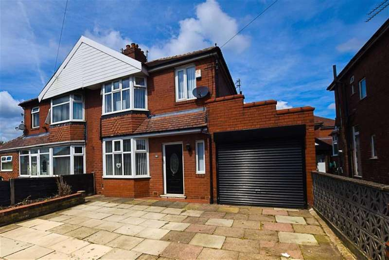 3 Bedrooms Semi Detached House for sale in Mossley Rd, Ashton-under-Lyne