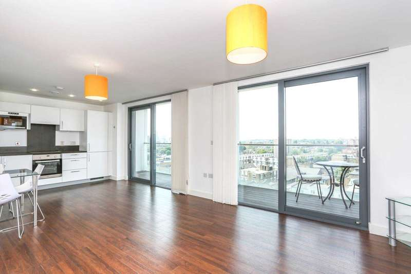 2 Bedrooms Apartment Flat for sale in Thomas Tower, Dalston