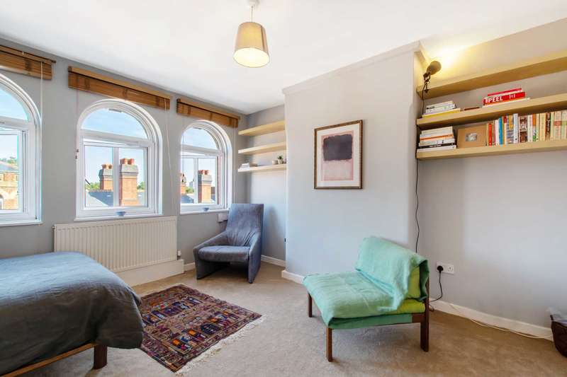 1 Bedroom Studio Flat for sale in Peabody Estate, Herne Hill