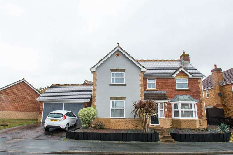 4 Bedrooms Detached House for sale in Boniface Close, Stone Cross, Pevensey