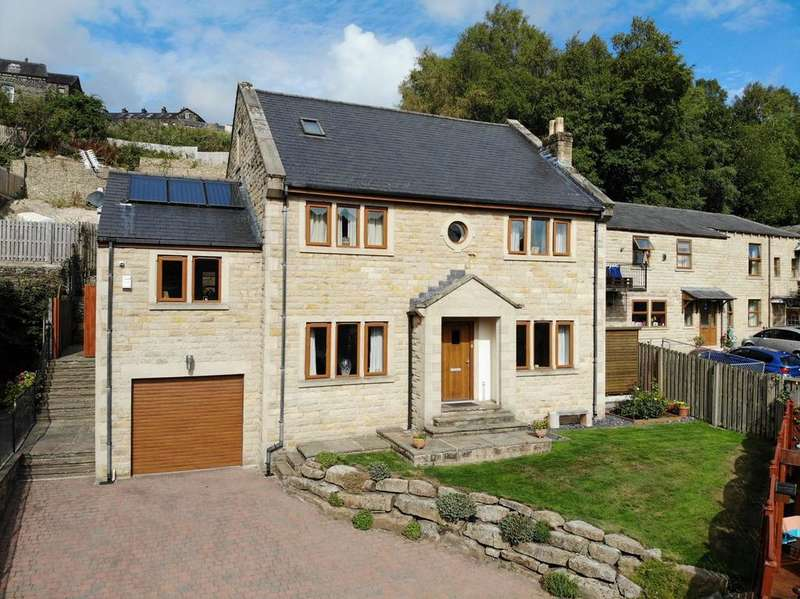 5 Bedrooms Detached House for sale in Excelsior Close, Ripponden, Halifax HX6