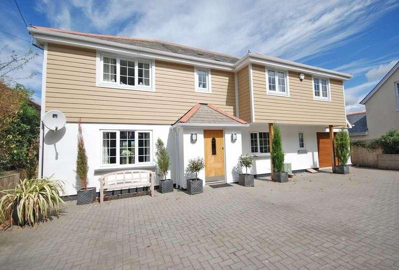 4 Bedrooms Detached House for sale in Slade, Bideford