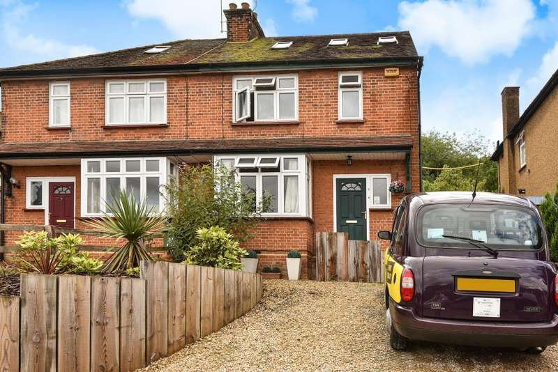 3 Bedrooms House for sale in High Wycombe, Buckinghamshire, HP11