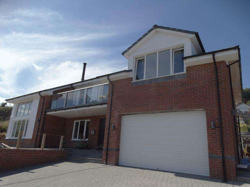 5 Bedrooms Detached House for sale in Parc Llindir, LLanddulas
