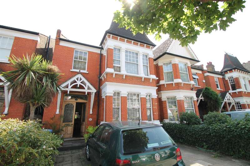 5 Bedrooms Semi Detached House for sale in Old Park Road, Palmers Green, London N13