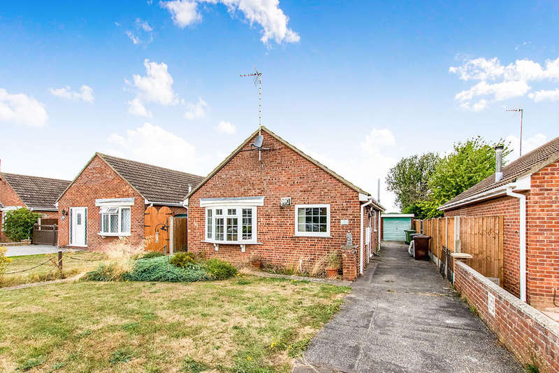 2 Bedrooms Detached Bungalow for sale in Calder Road, Lincoln, LN5