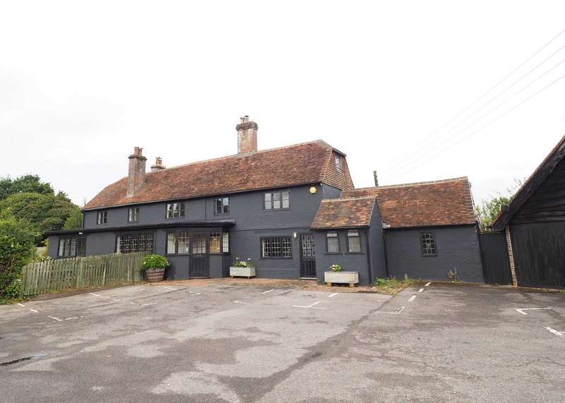 3 Bedrooms Detached House for sale in Uckfield Road, Lewes