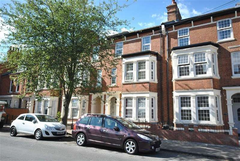 8 Bedrooms Town House for sale in Abington