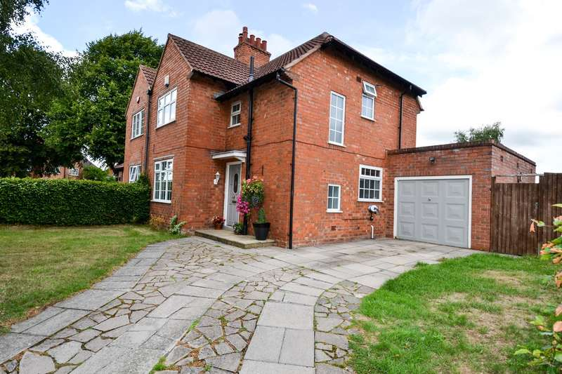 3 Bedrooms Semi Detached House for sale in Innage Road, Bournville Village Trust, Northfield, B31