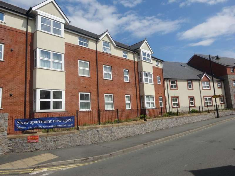 2 Bedrooms Apartment Flat for sale in Water Street, Abergele