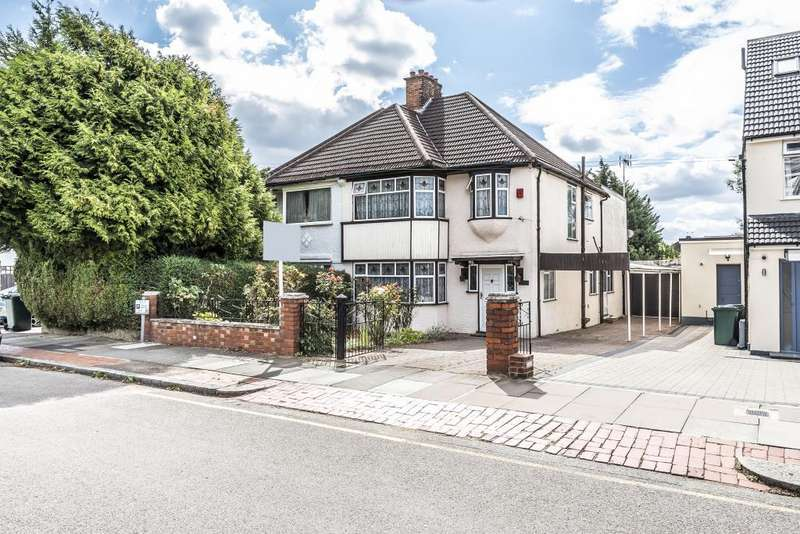 4 Bedrooms House for sale in Sandringham Gardens, Finchley, N12