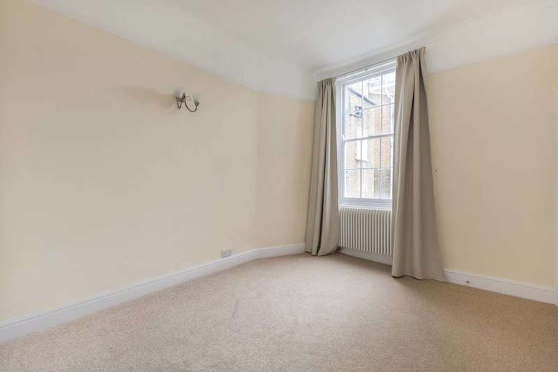 3 Bedrooms Flat for sale in Craven Road, Bayswater, W2