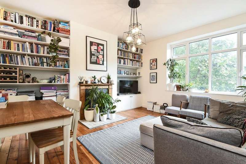 3 Bedrooms Flat for sale in Brixton Hill, Brixton