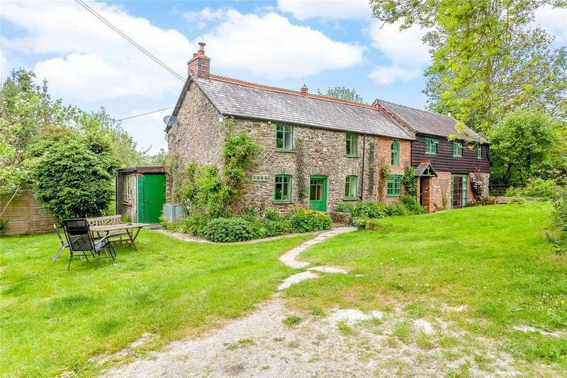 4 Bedrooms Detached House for sale in Llanfyllin, Powys