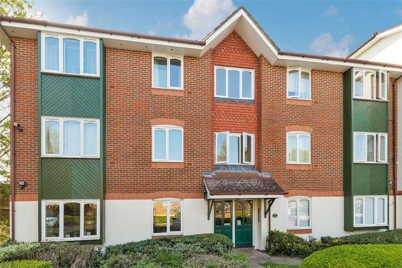 2 Bedrooms Flat for sale in Missenden Gardens, Burnham, Buckinghamshire