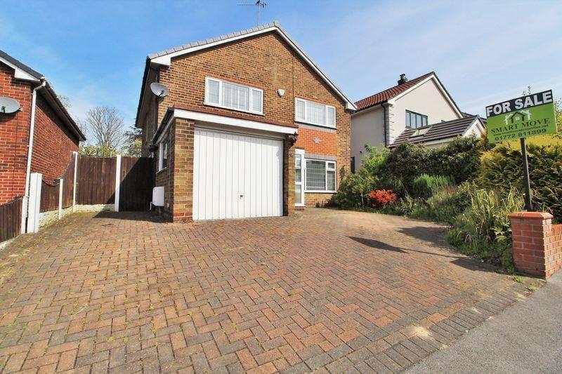 4 Bedrooms Detached House for sale in Alderbrook Drive, Parbold, Wigan