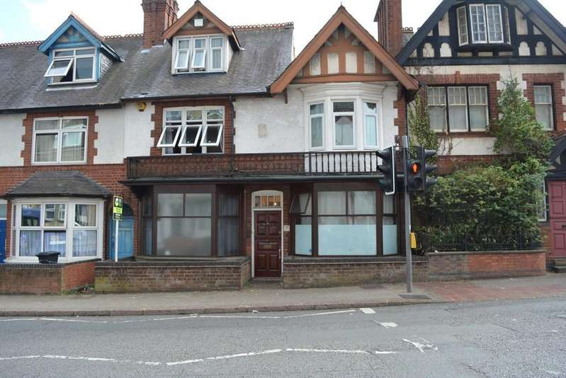 6 Bedrooms Terraced House for sale in Evington Road, Leicester