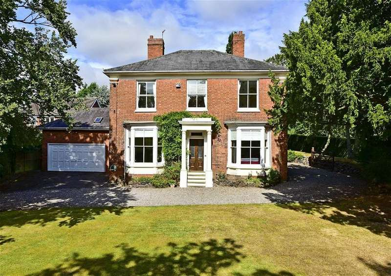 5 Bedrooms Detached House for sale in Braebourne, Sandy Lane, Codsall, Wolverhampton, WV8