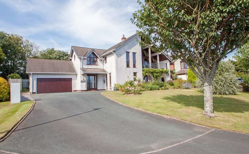 5 Bedrooms Detached House for sale in Woolwell, Plymouth